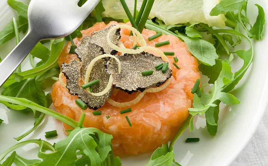 Abbinamento salmone e tartufo